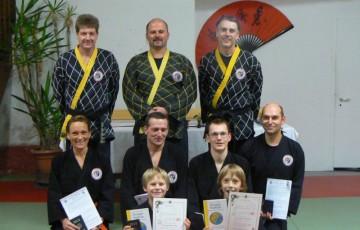 Teilnehmer der 32. Shinson Hapkido Kup Prüfung im Dojang Hasselroth